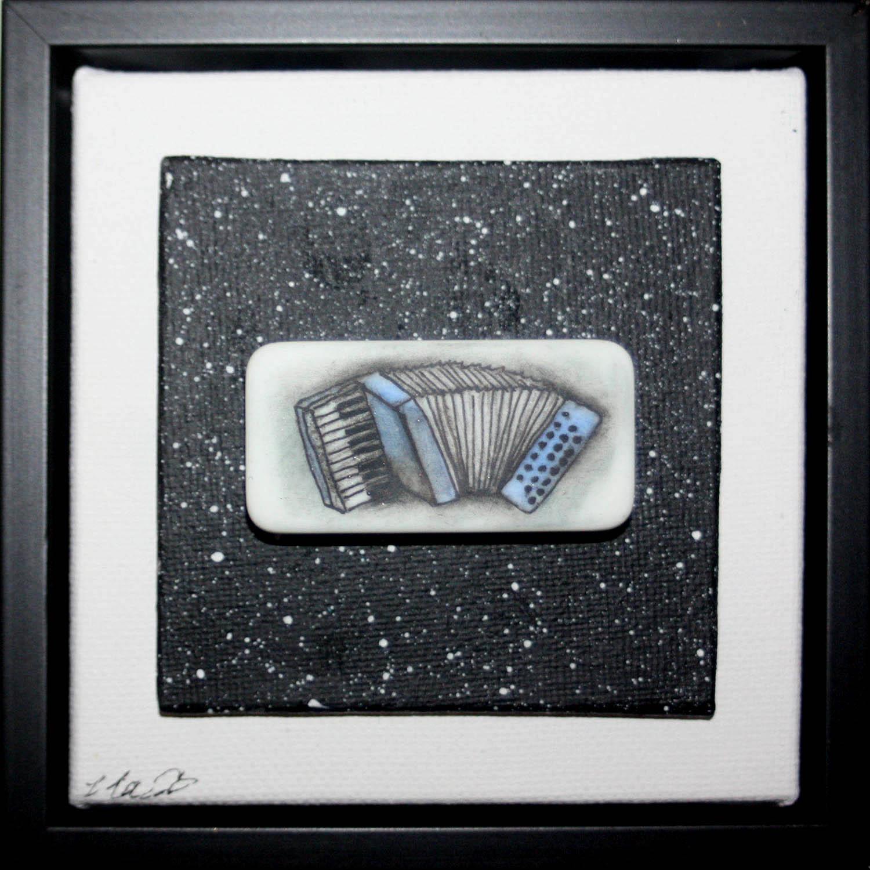 pale blue accordion
